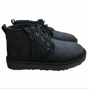 UGG Neumel Zip black chukka